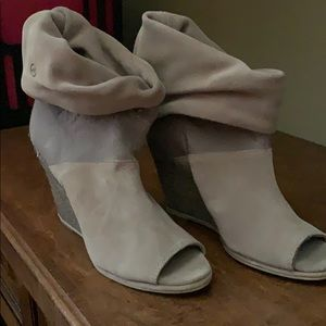 Bronx Wedge open toe ankle bootie 7 38